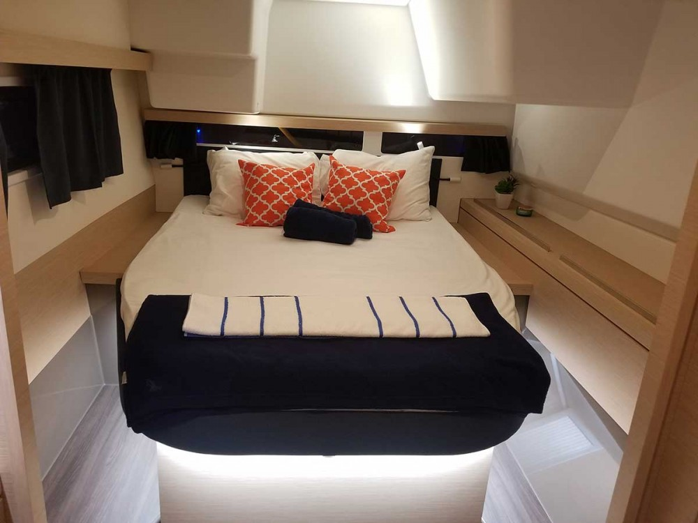 Rental yacht Tortola - Fountaine Pajot Fountaine Pajot Lucia 40 on SamBoat