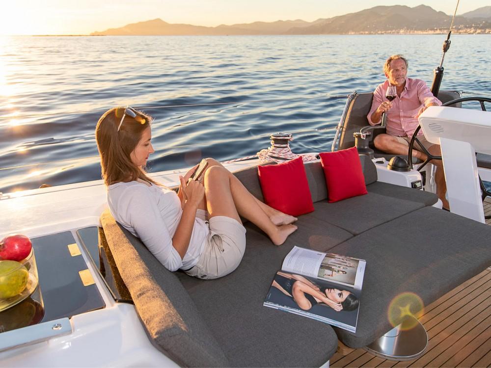 Boat rental Hanse Hanse 508 - 5 + 1 cab. in Croatia on Samboat