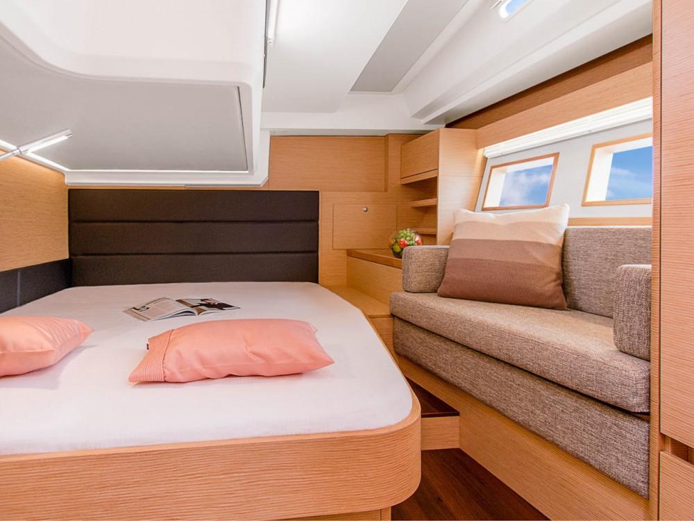 Boat rental Peloponnese cheap Hanse 548 - 5 cab.
