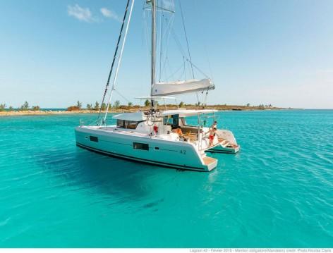 Rental Catamaran in Athens - Lagoon Lagoon 42