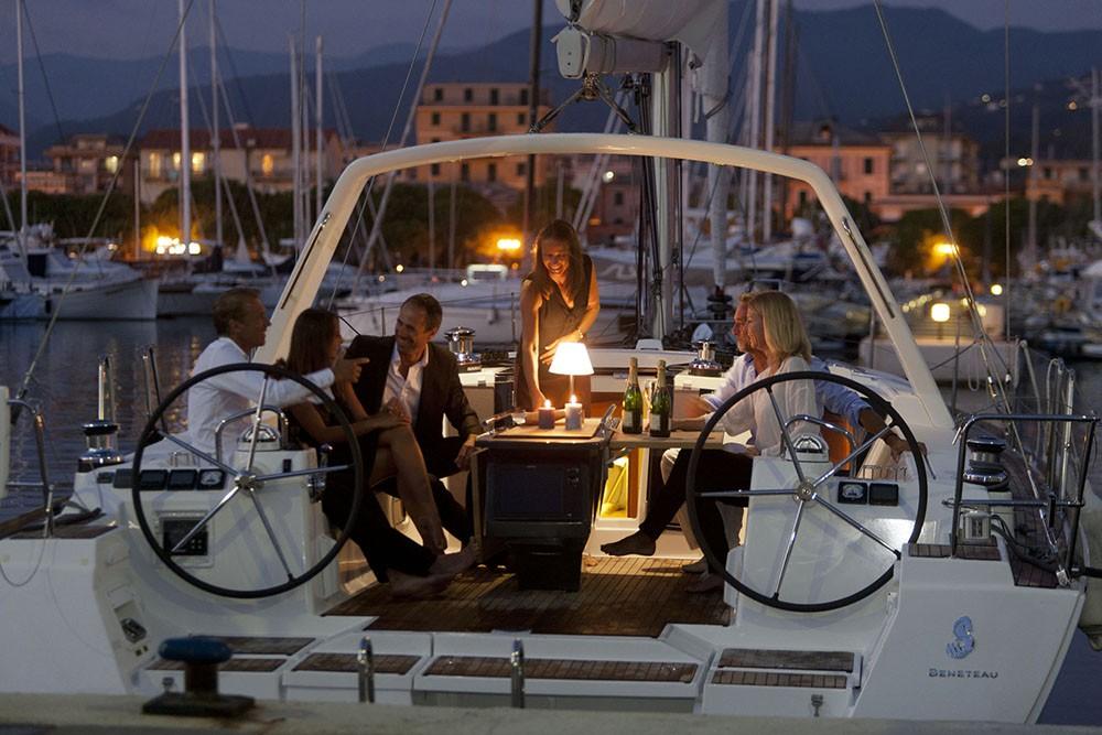 Rental Sailboat in Croatia - Bénéteau Oceanis 45