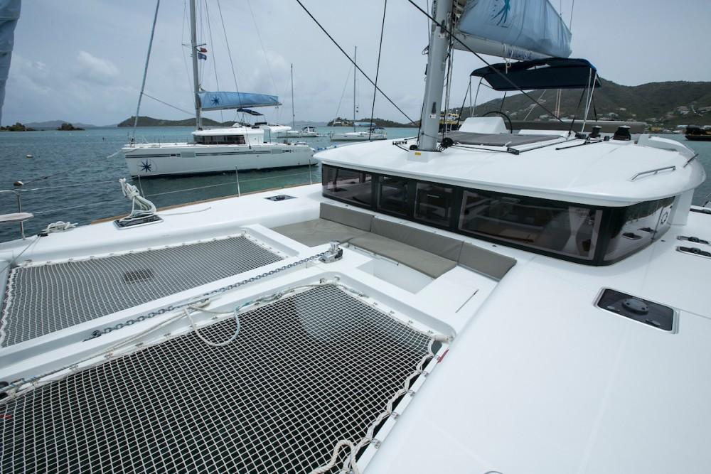 Boat rental Tortola cheap Lagoon 450