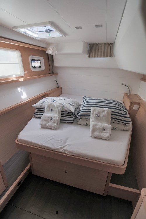 Lagoon Lagoon 450 F - 4 + 2 cab. between personal and professional Balearic Islands