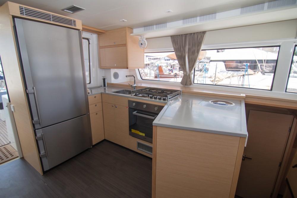 Rental Catamaran in Balearic Islands - Lagoon Lagoon 52 - 6 + 2 cab.