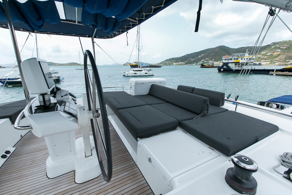 Rental yacht Tortola - Lagoon Lagoon 52 F on SamBoat