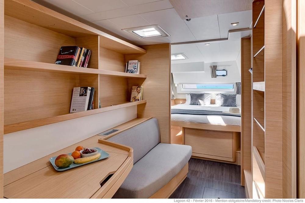 Rental yacht Péloponnèse - Lagoon Lagoon 42 on SamBoat