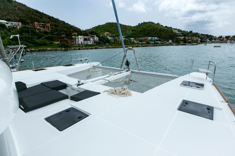Boat rental Tortola cheap Lagoon 52 F