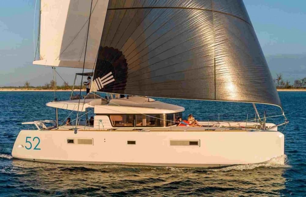Boat rental Tortola cheap Lagoon 52 F
