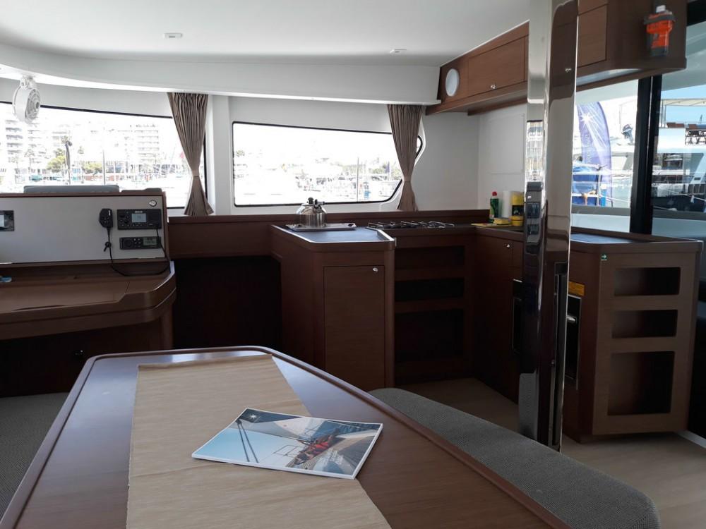 Boat rental Balearic Islands cheap Lagoon 42 - 4 + 2 cab.