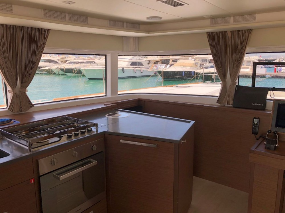 Lagoon Lagoon 52 - 6 + 2 cab. between personal and professional Peloponnese