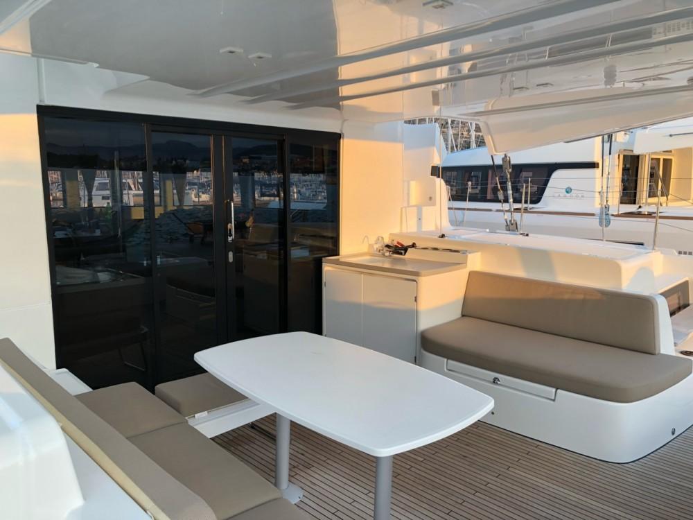 Rental yacht Tortola - Lagoon Lagoon 50 - 6 + 2 cab. on SamBoat