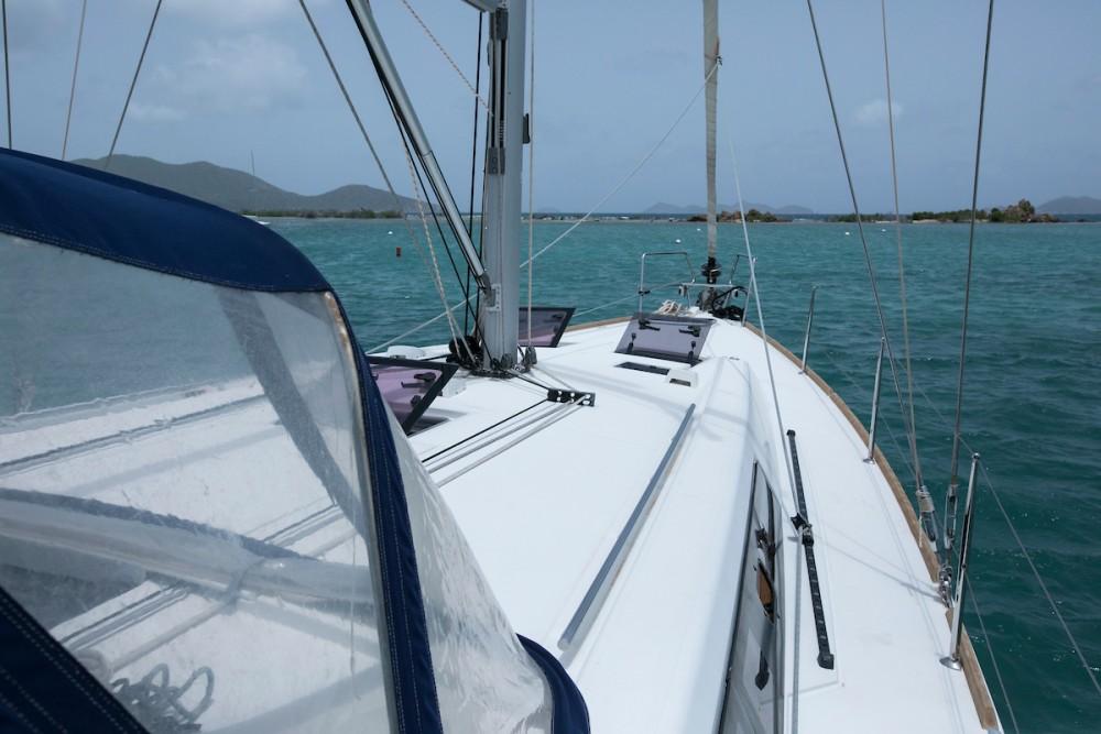 Boat rental Tortola cheap Oceanis 45