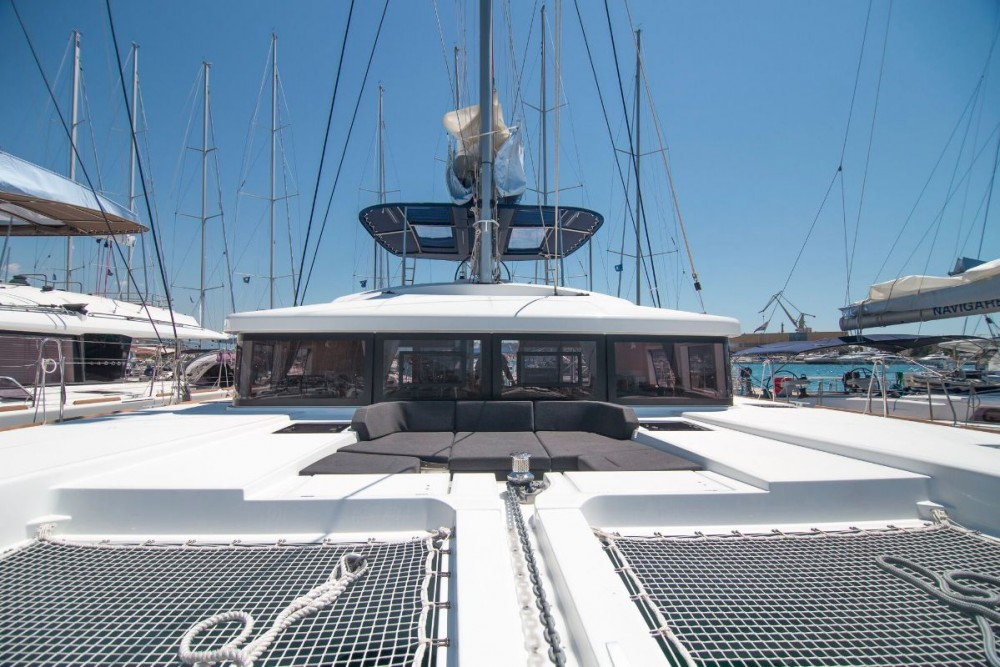 Lagoon Lagoon 52 - 5 + 2 cab. between personal and professional Peloponnese