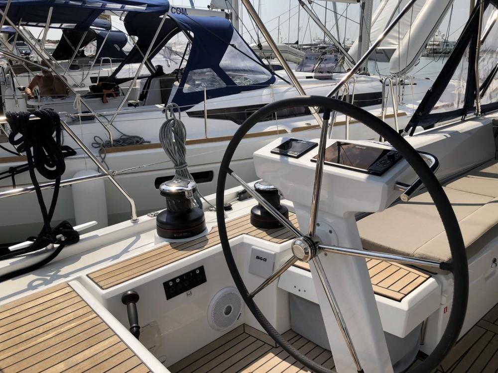Rental Sailboat in Péloponnèse - Bénéteau Oceanis 51.1