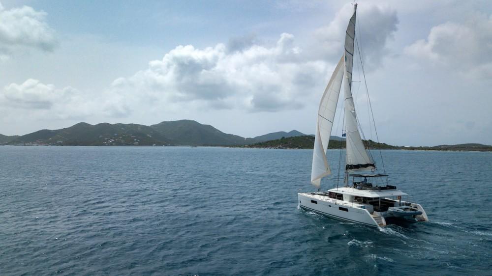 Rental yacht Tortola - Lagoon Lagoon 560 S2 - 5 cab. on SamBoat