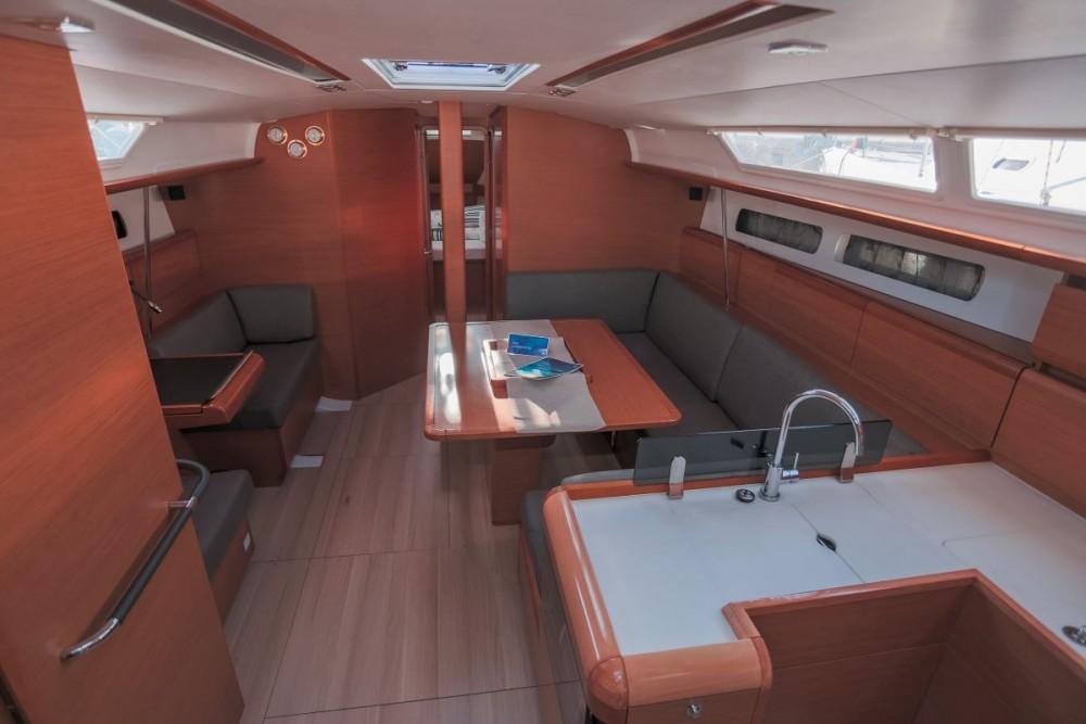 Rental Sailboat in Croatia - Jeanneau Sun Odyssey 439