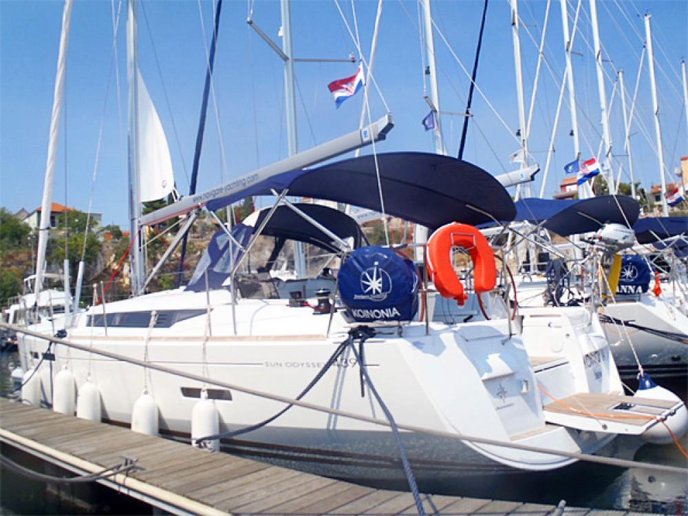 Rent a Jeanneau Sun Odyssey 439 Sweden
