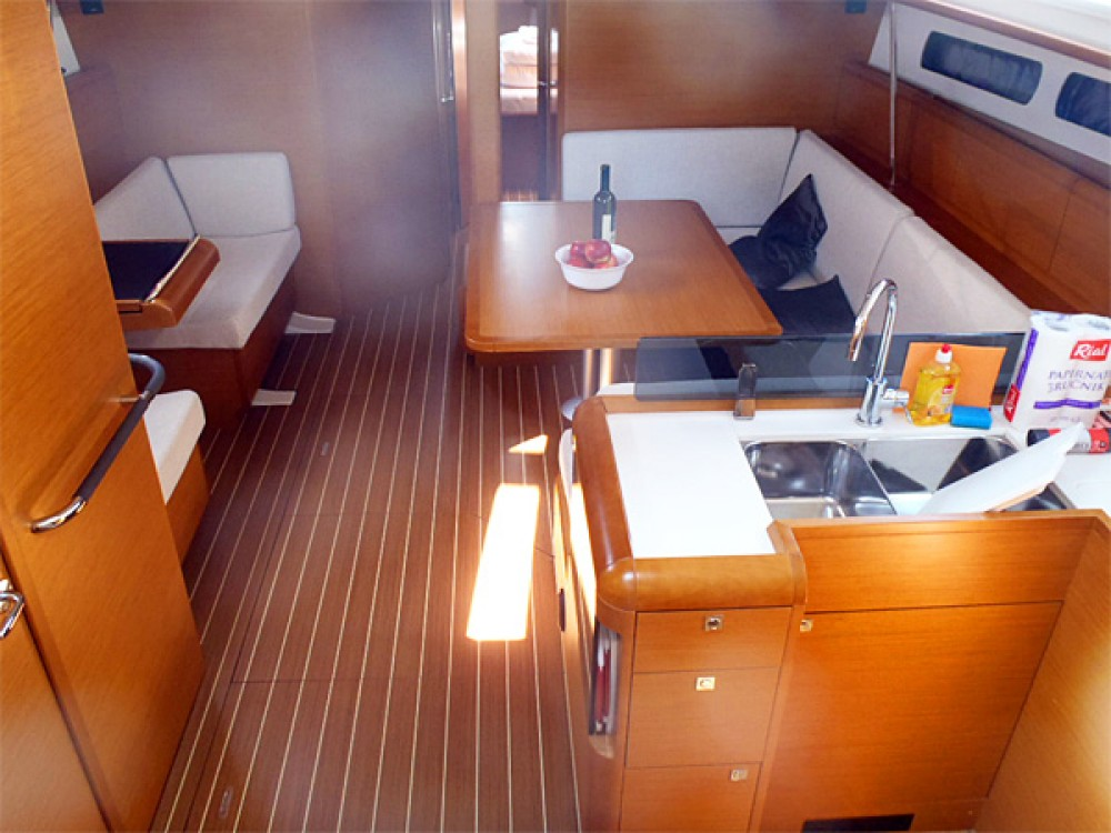 Hire Sailboat with or without skipper Jeanneau Sweden