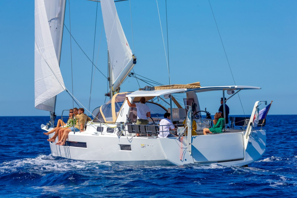 Hire Sailboat with or without skipper Jeanneau Peloponnese
