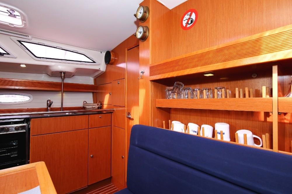 Boat rental Bavaria Cruiser 43 in Lefkada on Samboat
