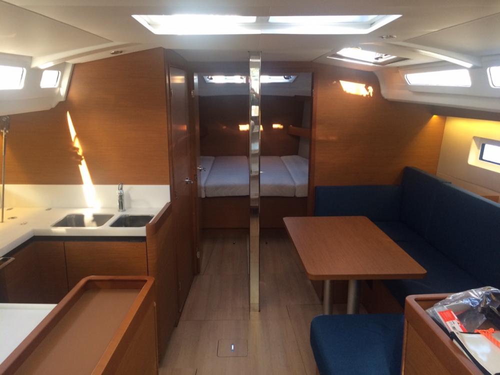Rental Sailboat in Comté de Stockholm - Jeanneau Sun Odyssey 440 - 3 cab.