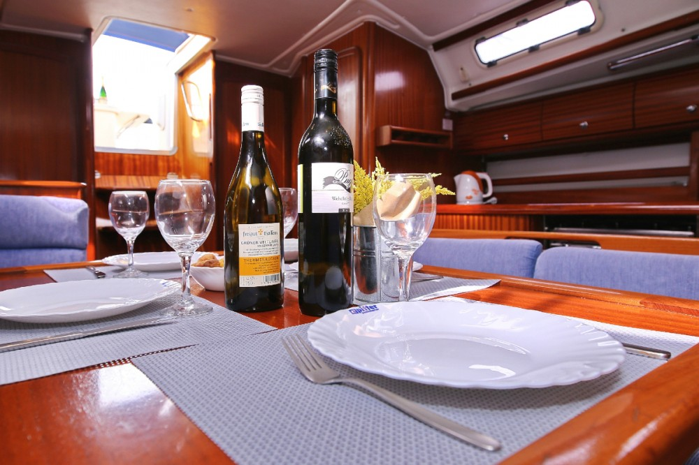 Rental yacht  - Bavaria Bavaria 44 on SamBoat