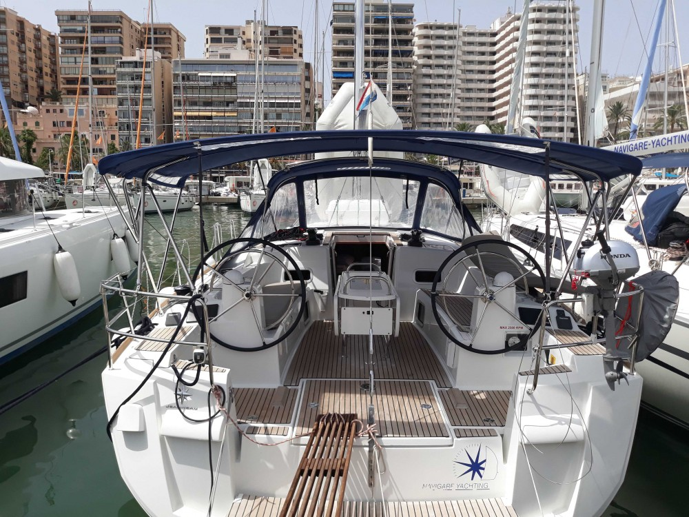 Jeanneau Sun Odyssey 479 - 4 cab. between personal and professional Balearic Islands