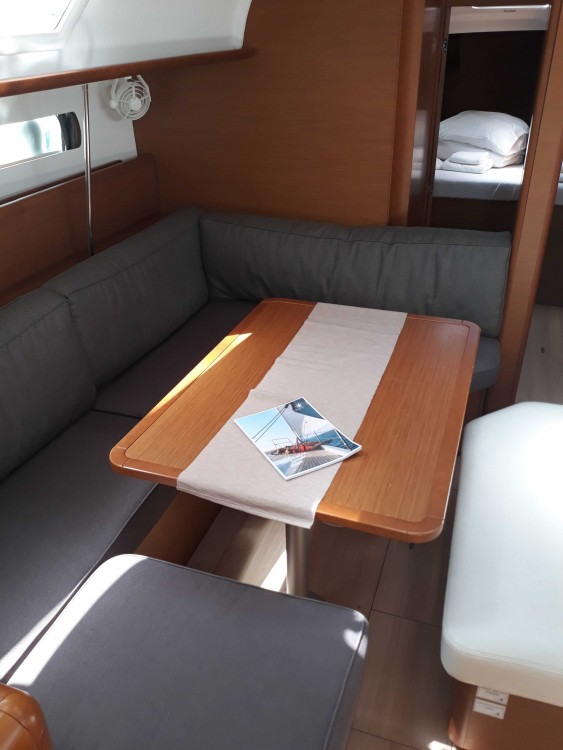 Rent a Jeanneau Sun Odyssey 479 - 4 cab. Balearic Islands
