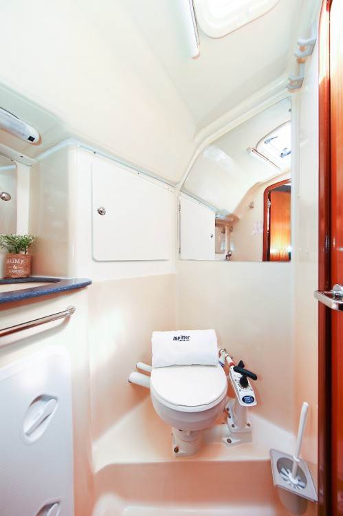 Rental yacht Pula - Bavaria Bavaria 36 on SamBoat