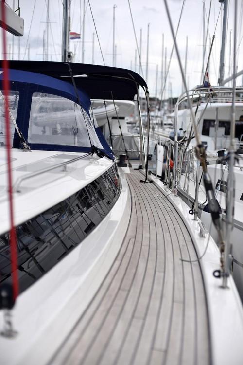 Rental Sailboat in Croatia - Bavaria C 57