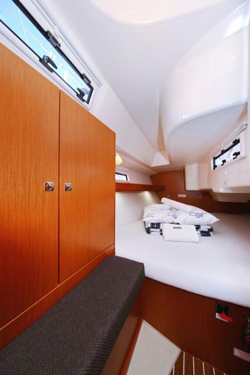 Rental yacht Trogir - Bavaria Cruiser 33 on SamBoat