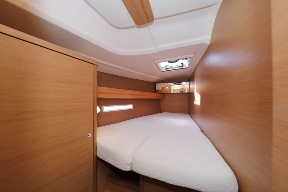 Dufour Dufour 450 Grand Large between personal and professional Grad Zadar