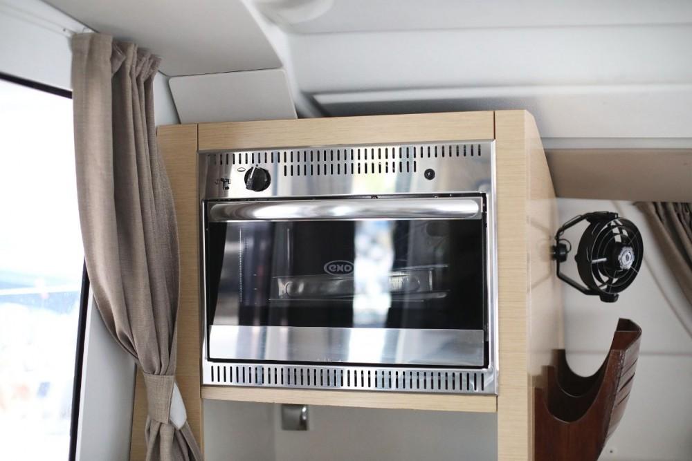 Rental Catamaran in Grad Zadar - Fountaine Pajot Lipari 41