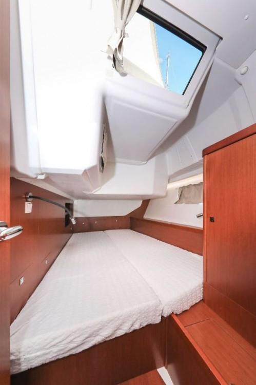 Boat rental Grad Zadar cheap Oceanis 45