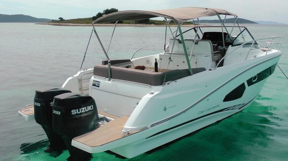 Boat rental Jeanneau Cap Camarat 10.5 WA in  on Samboat