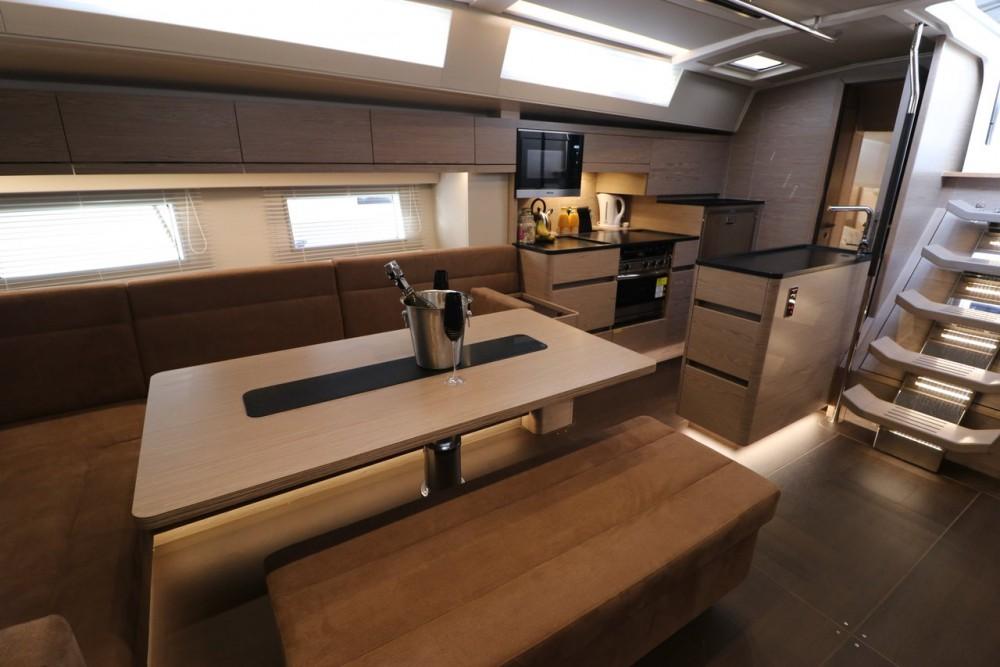 Rental yacht Marina Kaštela - Hanse Hanse 548 - 4 + 1 cab. on SamBoat