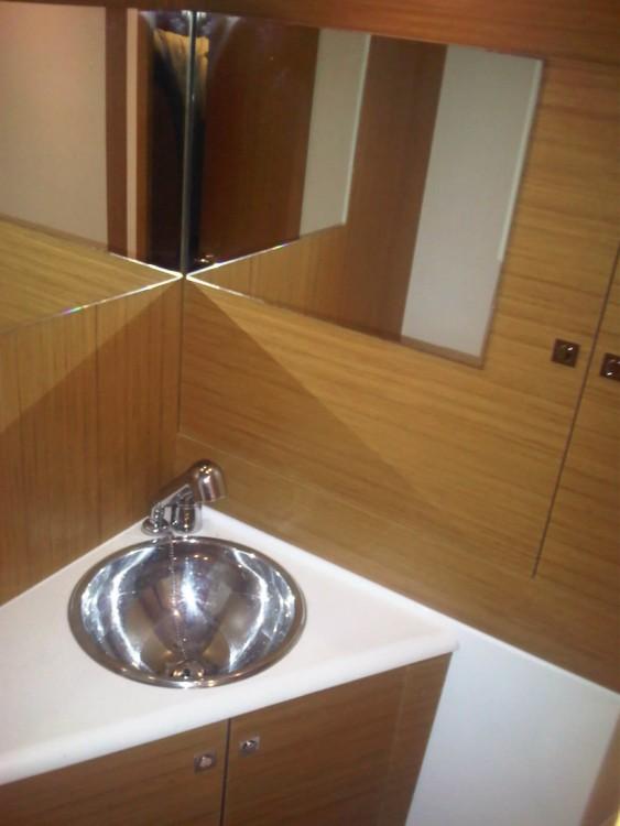 Rental yacht Campania - Jeanneau Jeanneau 53 on SamBoat