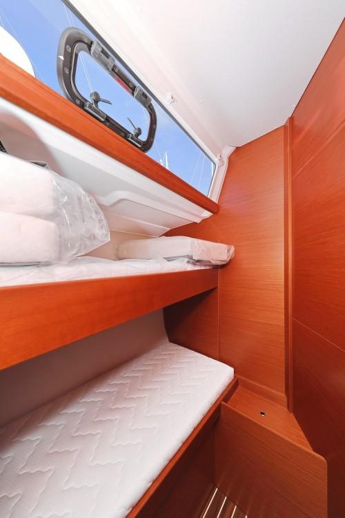 Rental yacht  - Dufour Dufour 460 GL - 5 cab. on SamBoat
