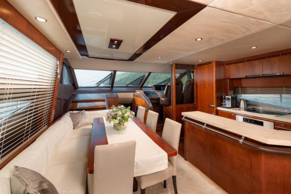 Boat rental Princess-Yachts Princess 72 Flybridge - 4 + 1 cab. in Podstrana on Samboat