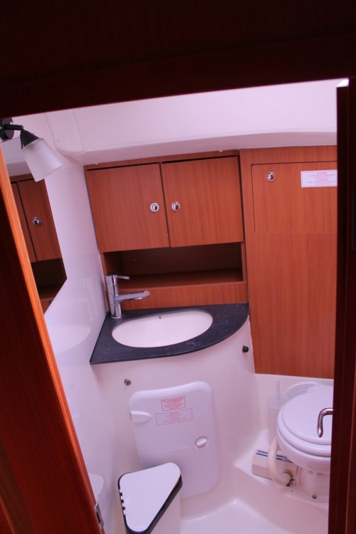 Boat rental Bavaria Cruiser 51 in Palermo on Samboat