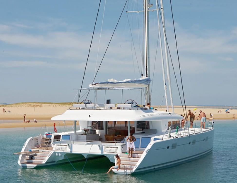 Boat rental Lagoon Lagoon 620 in South Aegean on Samboat