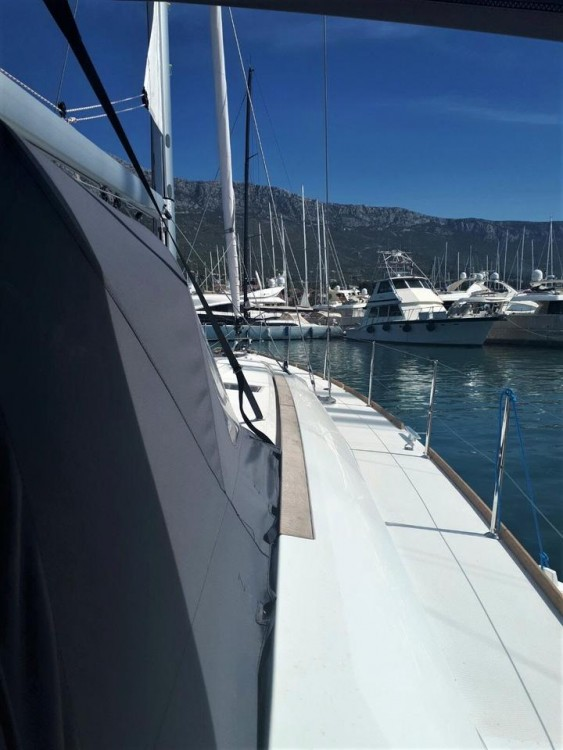 Boat rental Jeanneau Sun Odyssey 519 in Marina Kaštela on Samboat