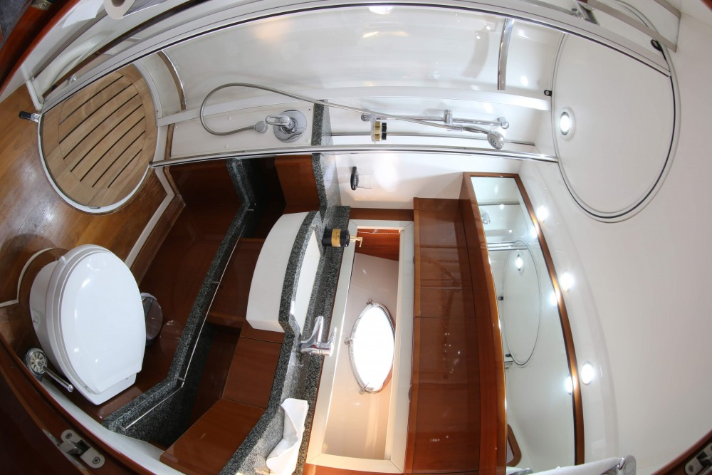 Motor boat for rent Marina Gouvia at the best price