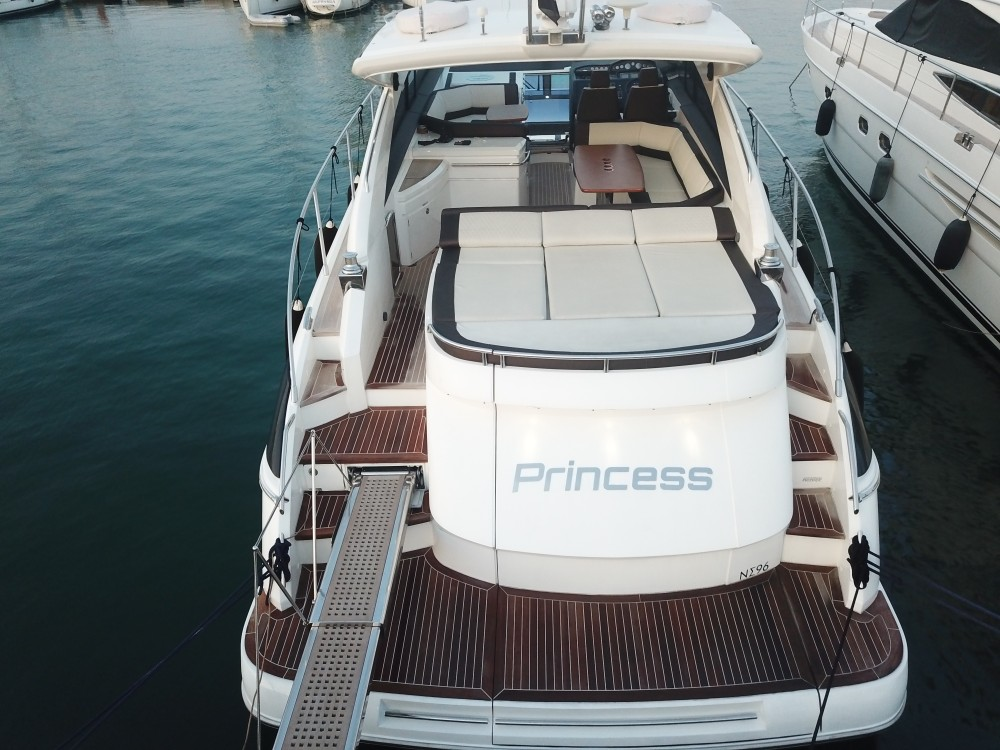 Rental Motor boat Princess with a permit