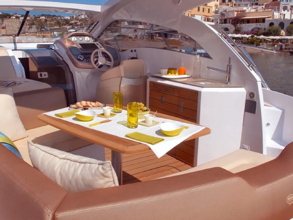 Rental Motor boat in Podstrana - SESSA Sessa C35