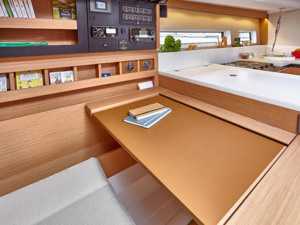 Boat rental Jeanneau Sun Odyssey 440 in Vibo Valentia on Samboat