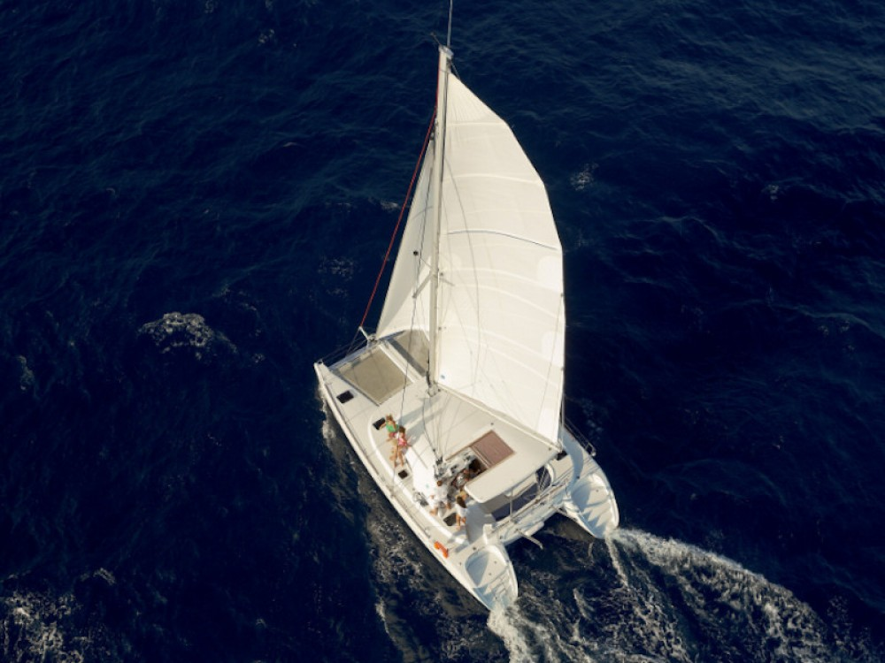 Hire Catamaran with or without skipper Lagoon Vibo Valentia