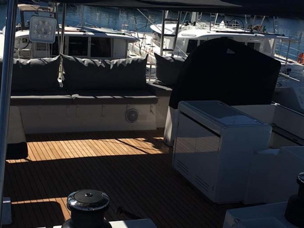 Boat rental  cheap Lagoon 620