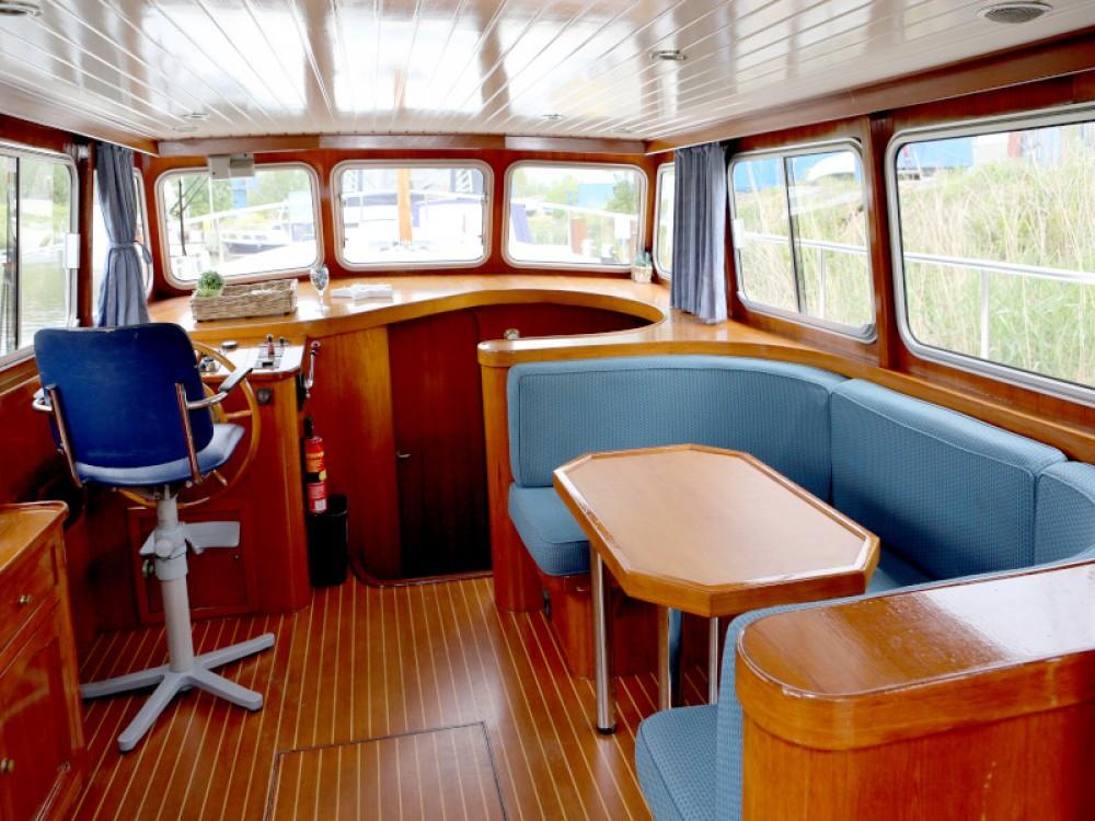 Boat rental  Barkas 1100 in Heukelum on Samboat
