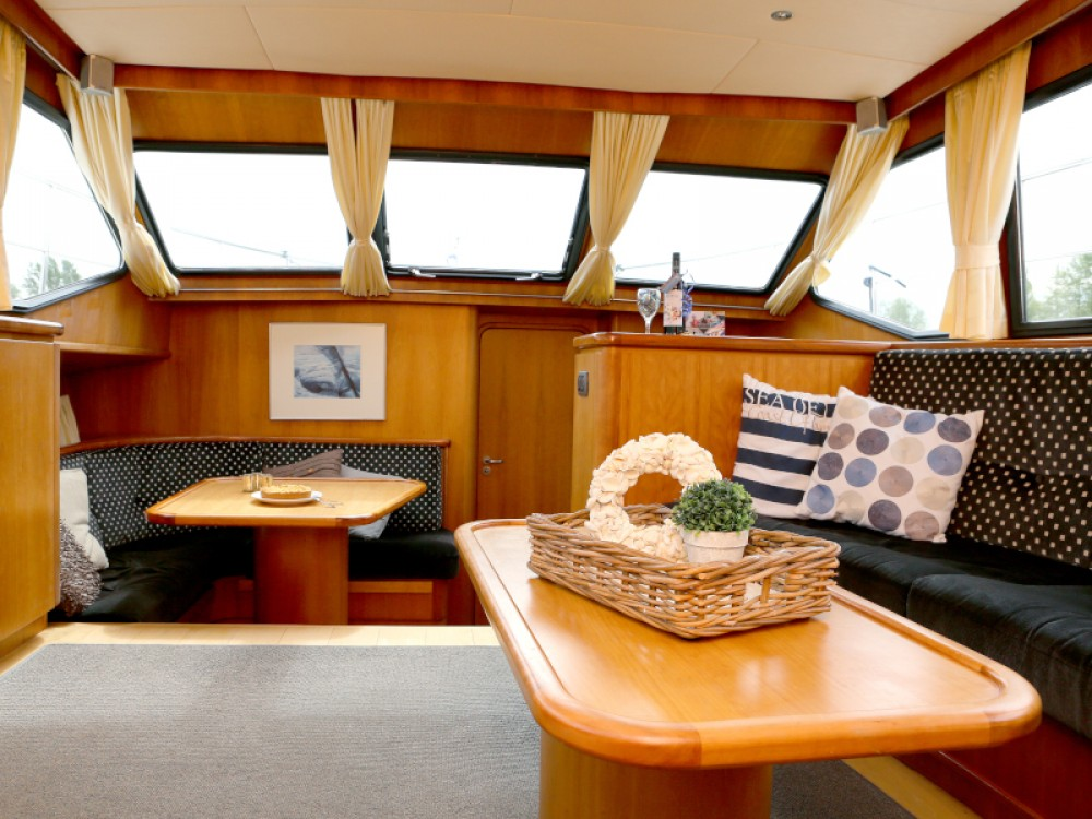 Rent a  Pacific Allure 155 Heukelum